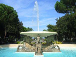 Piazzale Federico Fellini e la Fontana dei quattro cavalli